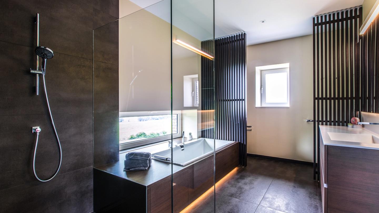 Salle de bains aubel sylvain li geois for Logo salle de bain